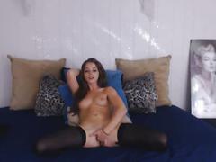 Sexy petite cam babe live on webcam