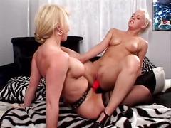 Lesbian girls 6