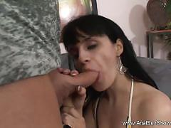 Milf gets her ass hammered