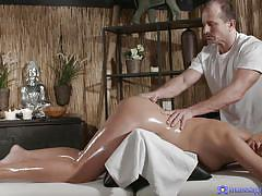 Busty eva gets an oily massage
