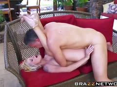 Blonde hottie having awesome outdoor sex
