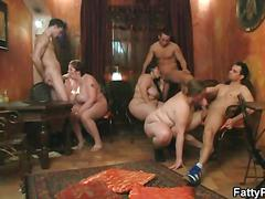 Fat babes fuck and orgy in a small bar