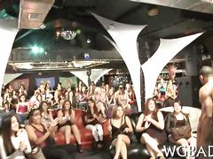 Masked stripper lets ladies suck him off for their relief
