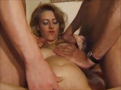 Salope enceinte baiser