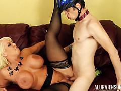 The pussy of alura jenson is eager for some mormon cock