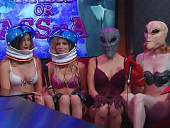 Is there sex on mars? @ season 1 6, ep. 793