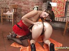 Naughty brunette double anal fisting