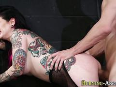 Emo goth babe rides cock