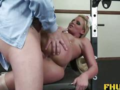 Fhuta   doctor giving phoenix marie a full anal examination