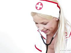 Nurse karol lilien treats a patient to her warm pussy