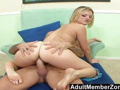 Adultmemberzone  jasmine jolie licks jizz off of her feet