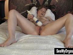 Sexy lili masturbating for orgasm