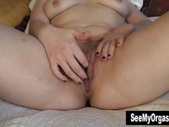 Sexy lili masturbating for orgasm