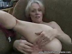 Sticky fuckhole creampie for amateur blonde gilf