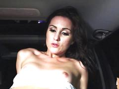 Renee repays a stranger with her pussy