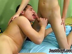 Twink wets his lips for a blowjob and gets fucked doggy style