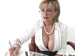 Cheating english milf gill ellis presents her massive breasts