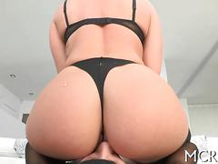 Nonstop sex for babe with shapes segment