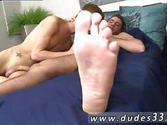 Two twinks meet each other for a quick and dirty session
