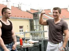 Ripped euro hunk gets his ass fucked wile preparing some lunch