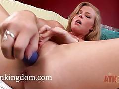 Nicole clitman fucks her pussy and plays with her butthole