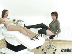 Unfaithful uk mature gill ellis exposes her huge boobs