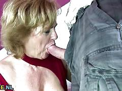 Mature amateur slavers over this hard cock