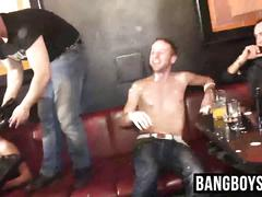 Twinks play in a club with whip cream and fuck each other