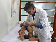 Dr daddy bareback fucks asian boy robin