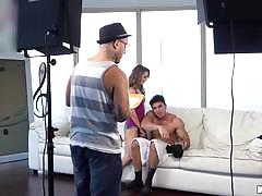 Kinky kimmy granger pussy thrashed behind the scenes