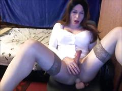 Amateur transsexual cam-girl masturbates