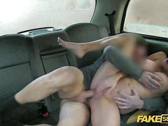Big dick sex action gets her pussy worked hard in a taxi