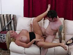 Cock hungry karen fisher pounded by tommy and his big pistol