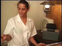 Nurse bruna