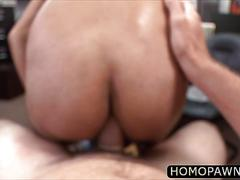 Sexy guy pawns his ass and gets fucked for the first time
