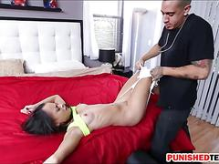 Teen cutie holly hendrix deepthroats cock and smashed rough