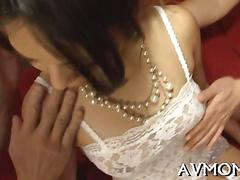 Japanese babe gets fucked close up by two strong guys