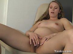 Pregnant amateur masturbating