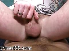 Hairy legs amateur dude riding his fuck buddy in abandoned building