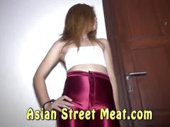 Asian strumpet loves american cock