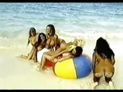 Classic big tits babes have fun at the beach [ masterpiece ]