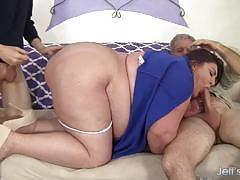 Kinky chubby bella bendz banged dp