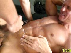 Buff duped straighty cum masturbation