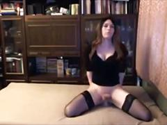 Gorgeous shemale gives an amazing live show