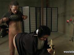 Priest sticks his dick into kinky nun