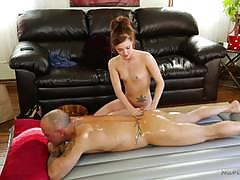 Kinky alaina dawson gives a hot and slippery nuru session