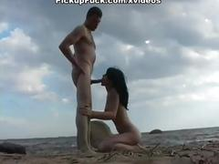 Suck, fuck and cumshot on the beach