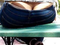 Dominican lady's ass crack