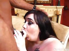 Curvy quinn tastes her first big black cock