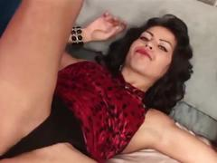 Brunette amateur in lingerie masturbate cunt till screaming loud clitoris orgasm